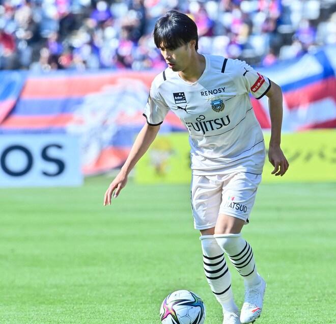 川崎、多摩川クラシコで圧倒!(3)試合の流れを変えかけた「1万7000人の観衆」の画像041
