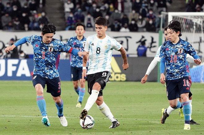 PHOTOギャラリー「ピッチの焦点」【国際親善試合 U-24日本代表vsU-24アルゼンチン代表 2021年3月26日 19:00キックオフ】の画像015
