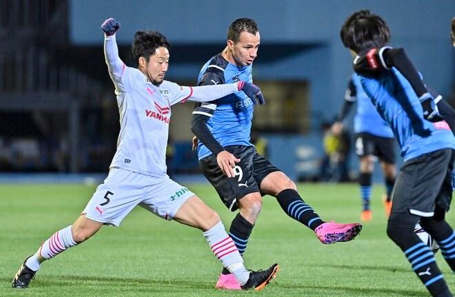大久保嘉人、躍動!(1) 古巣・川崎相手に2得点の大暴れで「最多記録」更新の画像033