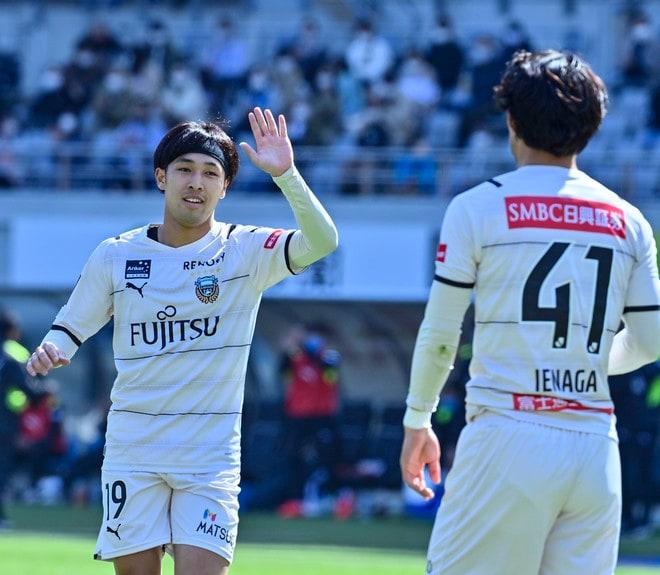 川崎、多摩川クラシコで圧倒!(3)試合の流れを変えかけた「1万7000人の観衆」の画像014