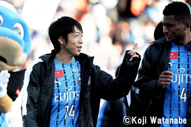 天皇杯決勝に向けて「川崎ファンから中村憲剛へ」18枚の写真の画像017