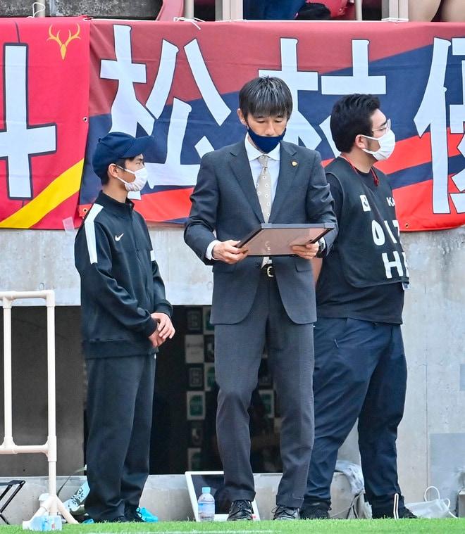 鹿島、横浜FMに大勝!(1)土居聖真のハットを呼び込んだ「後半の戦術変更」の画像064