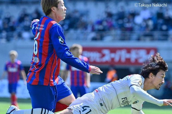 川崎、多摩川クラシコで圧倒!(3)試合の流れを変えかけた「1万7000人の観衆」の画像004