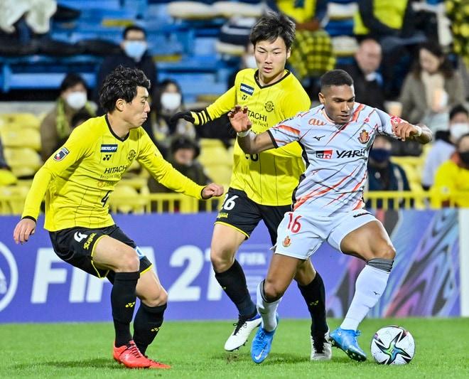 名古屋グランパス、タフに3連勝!(3)サイドを制するために「5-4-1」変更の画像055
