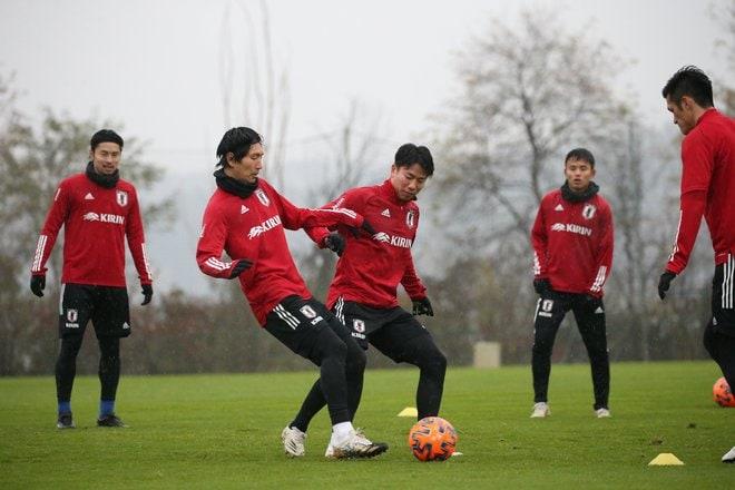 日本代表メキシコ戦直前(2)DF長友佑都「貢献するためここにいる。123試合出場にうれしさはまったくない」の画像006