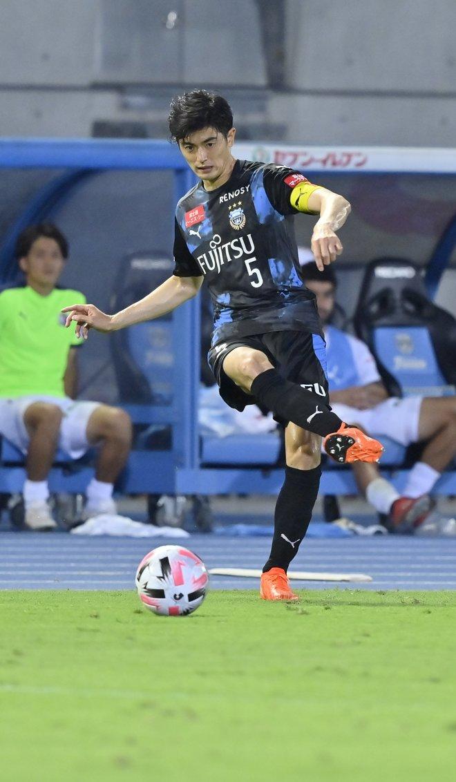 10連勝の裏に戦術変更!「川崎はなぜ4-3-3を捨てたのか」(1)川崎の弱点をついたC大阪の画像006