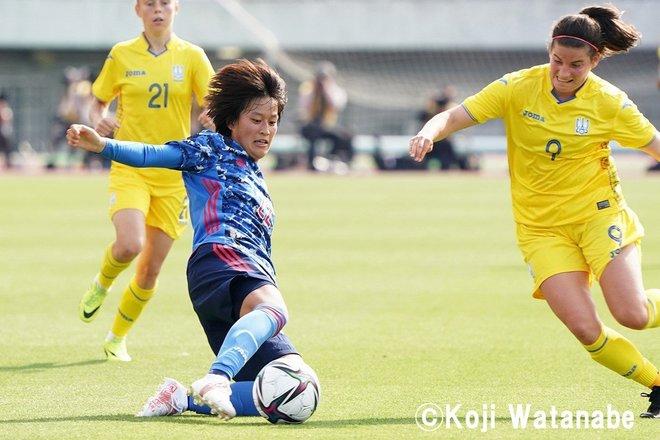 【なでしこジャパン】8対0でウクライナ代表に圧勝も…高倉監督が試合後に呼んだ2人の選手 PHOTOギャラリー「ピッチの焦点」の画像006