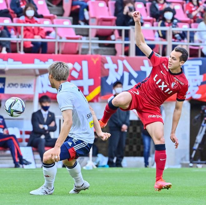 鹿島、横浜FMに大勝!(1)土居聖真のハットを呼び込んだ「後半の戦術変更」の画像056