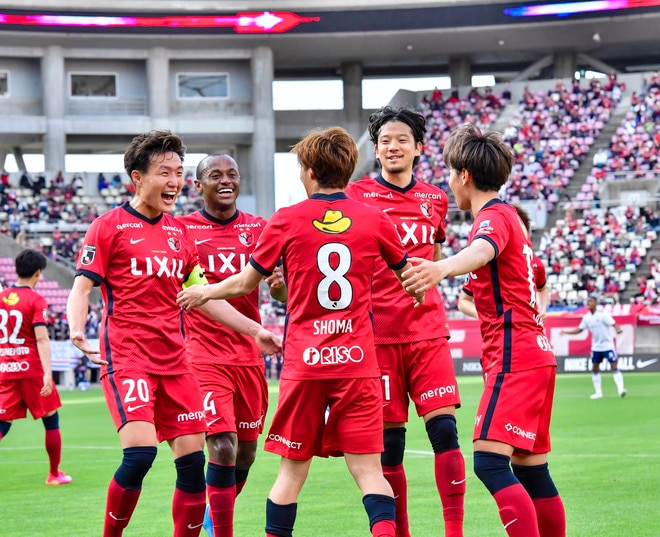 鹿島、横浜FMに大勝!(1)土居聖真のハットを呼び込んだ「後半の戦術変更」の画像010