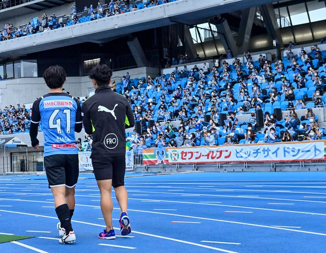 川崎、23戦無敗!(1)横浜FCを完璧にハメた「今季最強の前進プレス」の画像048