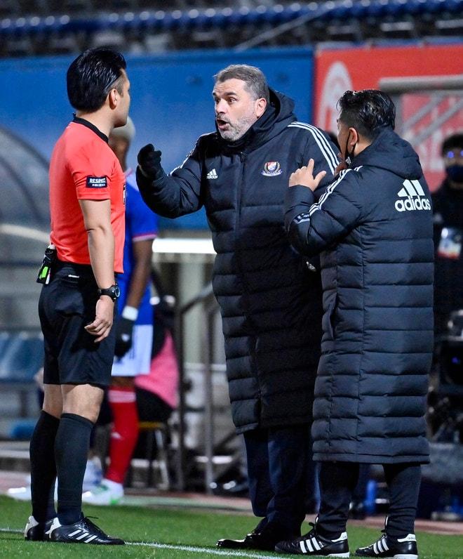 横浜Fマリノス3連勝!(2)またも怒号が飛び交った「VARノーゴール判定」の画像018