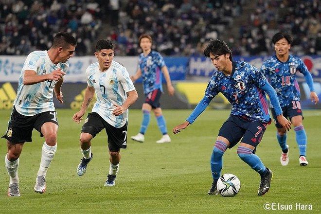 「永遠の10番」ディエゴ・マラドーナへの思い(2021年3月26日)原悦生PHOTOギャラリー「サッカー遠近」 日本ーアルゼンチンの画像005