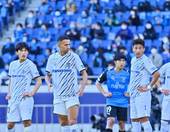 G大阪、今季を占う初戦(1)ベールを脱いだ「4-3-3の新システム」の画像013