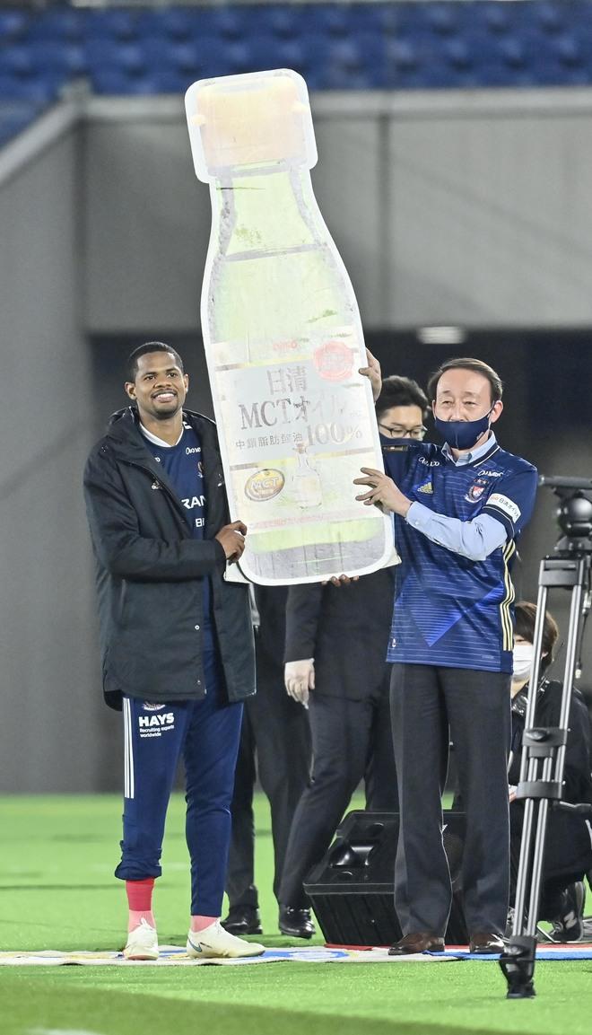 """横浜M、ホーム有終の美!「浦和レッズを6発粉砕」で見せた""""王者の佇まい""""の画像039"""