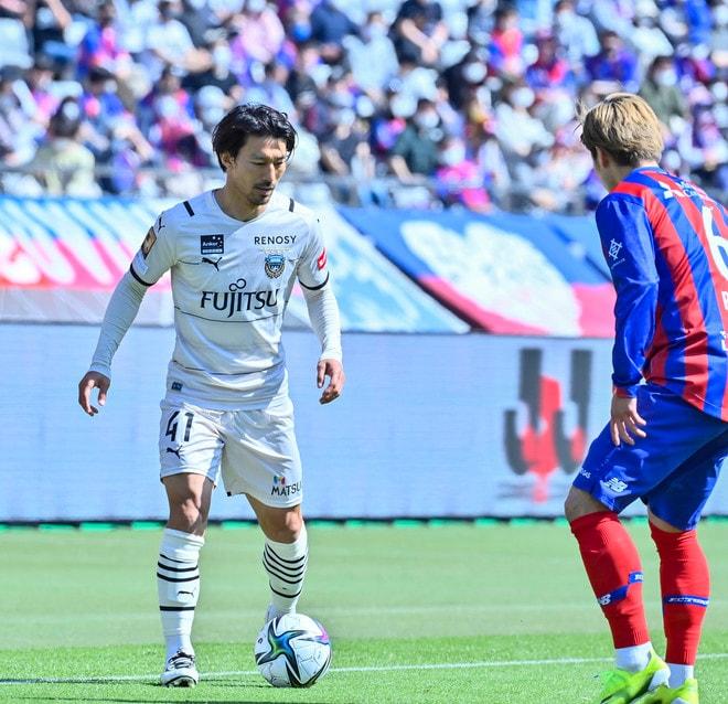 川崎、多摩川クラシコで圧倒!(3)試合の流れを変えかけた「1万7000人の観衆」の画像010