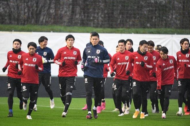 日本代表メキシコ戦直前(2)DF長友佑都「貢献するためここにいる。123試合出場にうれしさはまったくない」の画像013