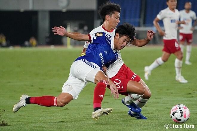 原悦生「横浜FMー広島 追い上げろマリノス!」PHOTOギャラリー「サッカー遠近」の画像005