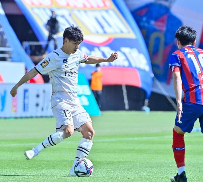 川崎、多摩川クラシコで圧倒!(3)試合の流れを変えかけた「1万7000人の観衆」の画像011