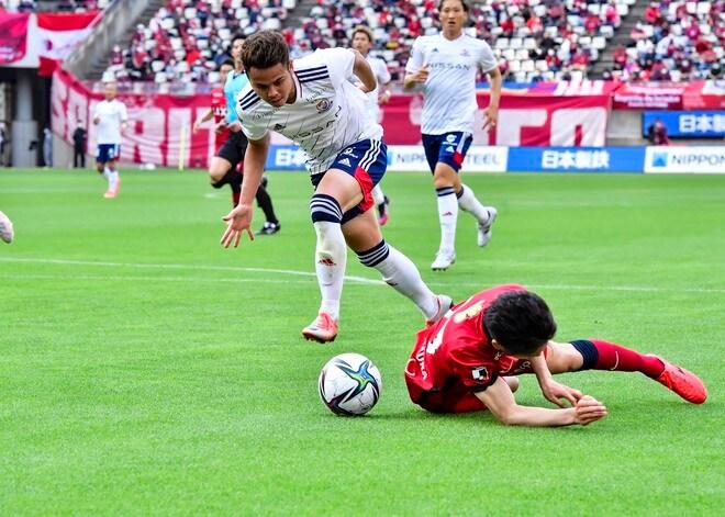 横浜FM、カシマで沈没(1)逆手に取られた「強力プレスの圧迫策」の画像019