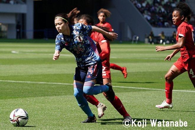 PHOTOギャラリー「ピッチの焦点」【国際親善試合 日本女子代表vsパナマ女子代表 2021年4月11日 6:04キックオフ】(撮影/渡辺航滋)の画像016
