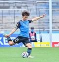 川崎、23戦無敗!(1)横浜FCを完璧にハメた「今季最強の前進プレス」の画像055