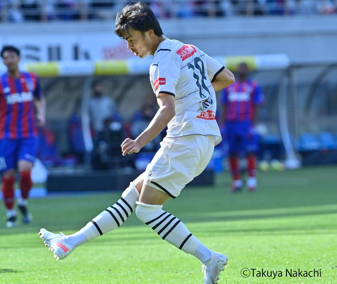 川崎、多摩川クラシコで圧倒!(3)試合の流れを変えかけた「1万7000人の観衆」の画像049
