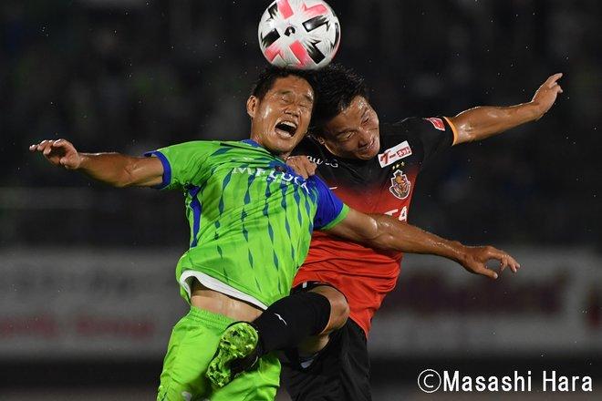 PHOTOギャラリー「ピッチの焦点」「湘南ー名古屋」よい内容と不本意な結果の画像002