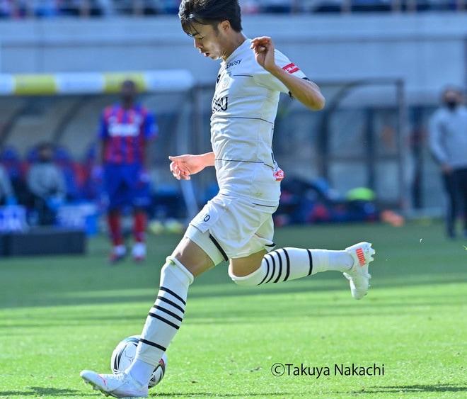 川崎、多摩川クラシコで圧倒!(3)試合の流れを変えかけた「1万7000人の観衆」の画像048