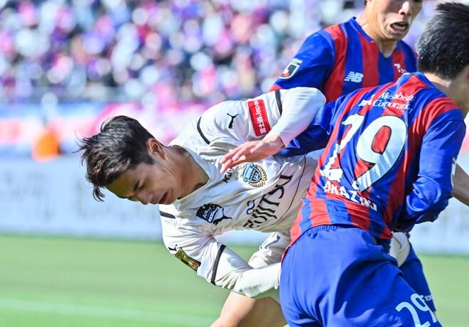 川崎、多摩川クラシコで圧倒!(3)試合の流れを変えかけた「1万7000人の観衆」の画像057