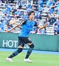 川崎、23戦無敗!(1)横浜FCを完璧にハメた「今季最強の前進プレス」の画像036
