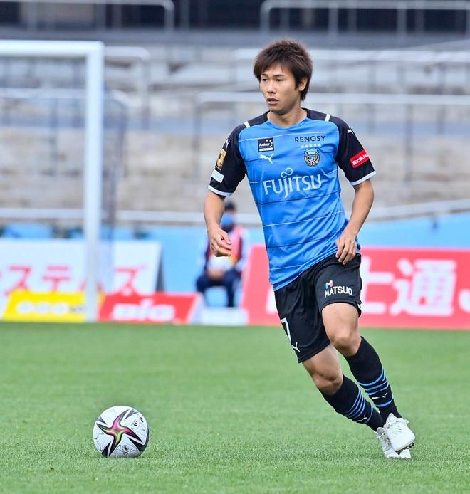 川崎、23戦無敗!(1)横浜FCを完璧にハメた「今季最強の前進プレス」の画像046