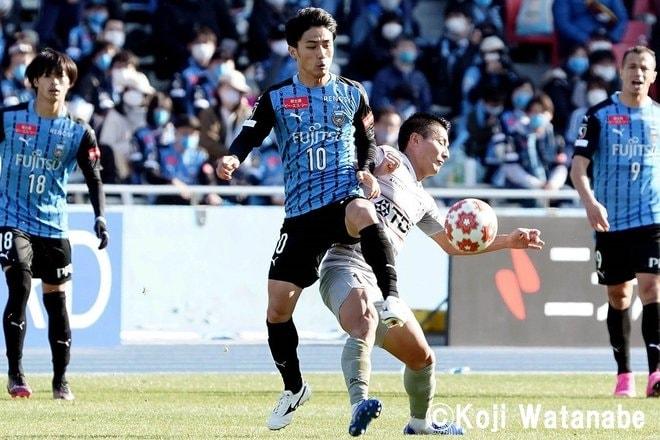 天皇杯決勝に向けて「川崎ファンから中村憲剛へ」18枚の写真の画像006