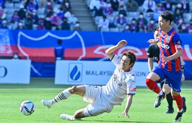 川崎、多摩川クラシコで圧倒!(3)試合の流れを変えかけた「1万7000人の観衆」の画像052
