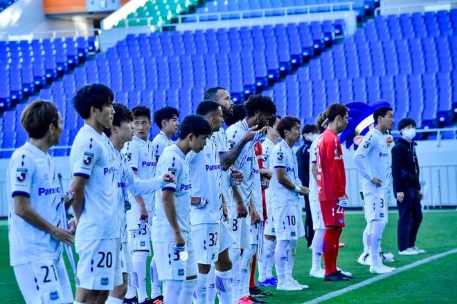 G大阪、今季を占う初戦(1)ベールを脱いだ「4-3-3の新システム」の画像021