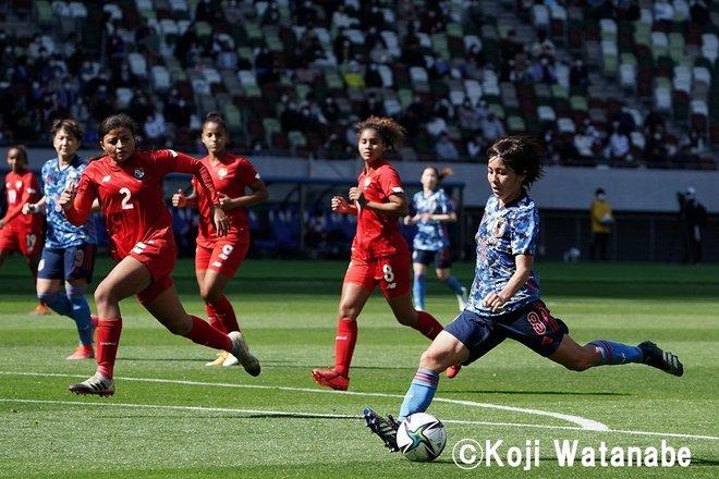 PHOTOギャラリー「ピッチの焦点」【国際親善試合 日本女子代表vsパナマ女子代表 2021年4月11日 6:04キックオフ】(撮影/渡辺航滋)の画像009